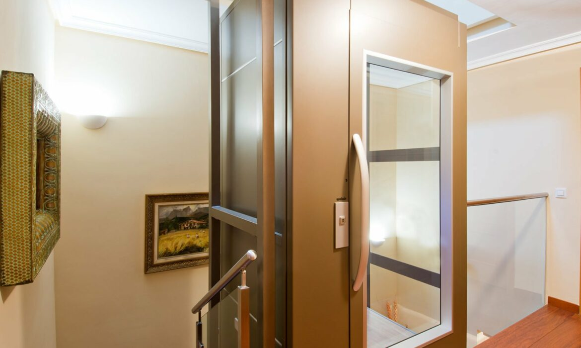 Internal home Lift Spain