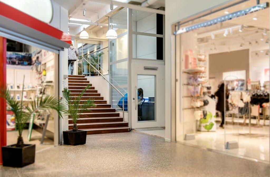 Passenger Lift in shopping Mall