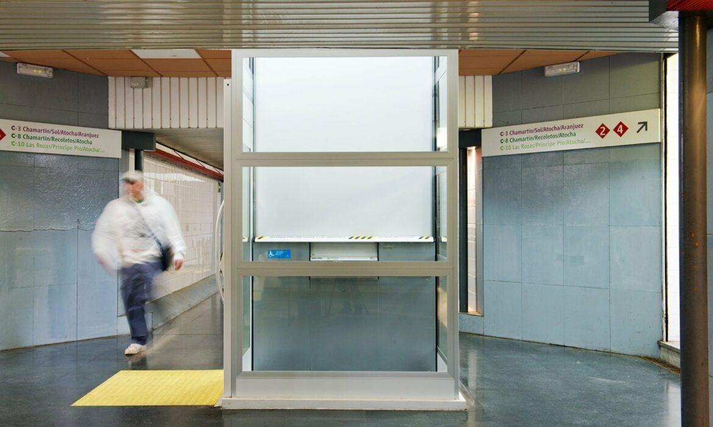Torrelodone Train Station disabled lift