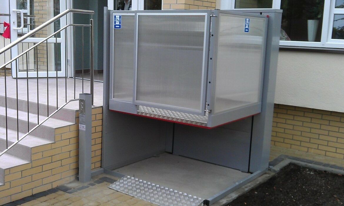 The B type lift is an open platform lift