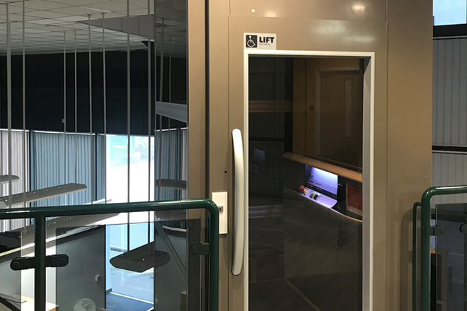 KCOM Lift Door