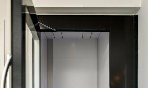 Concealed door opener for lift doors