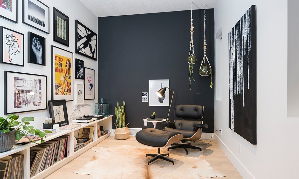 Feature wall in matte black