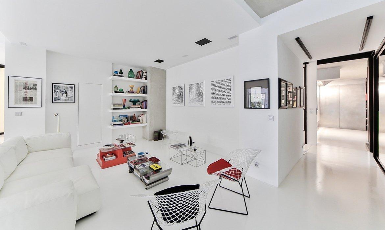 Modern Style White Living Room