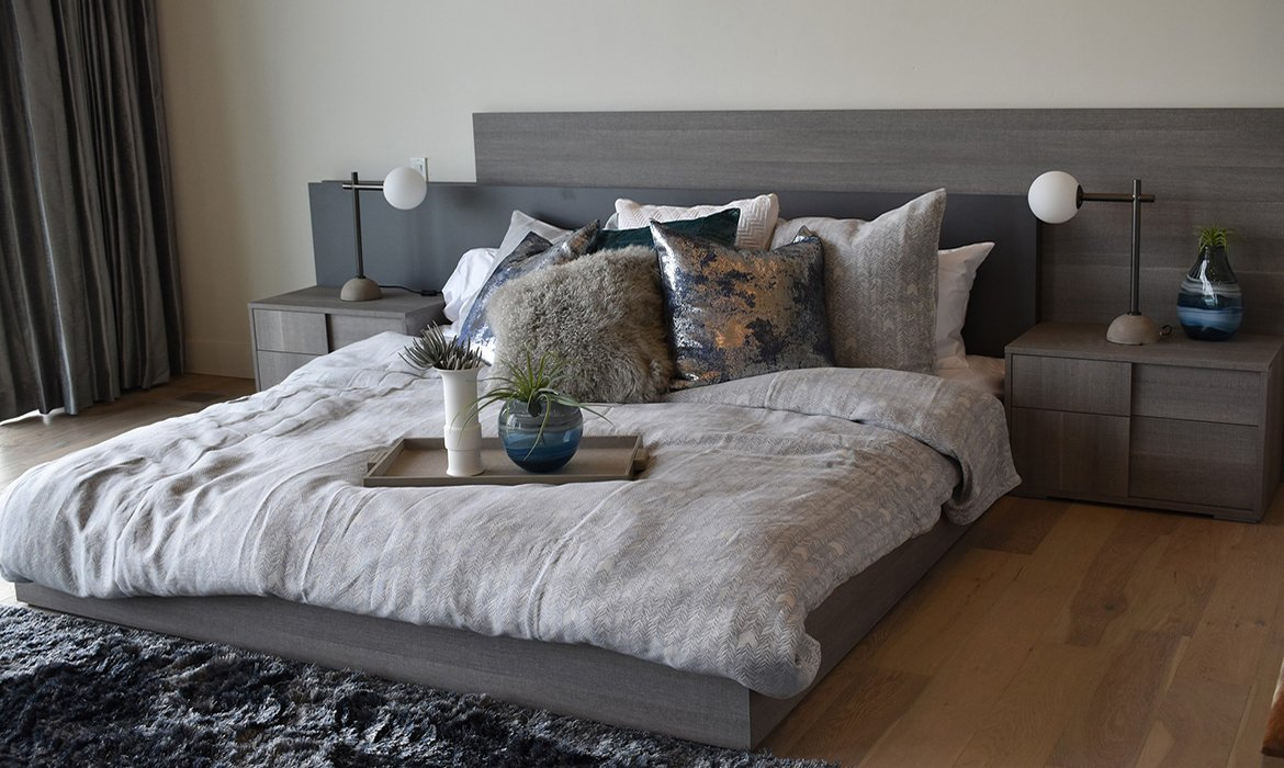 Stylish, contemprary bedroom in grey shades