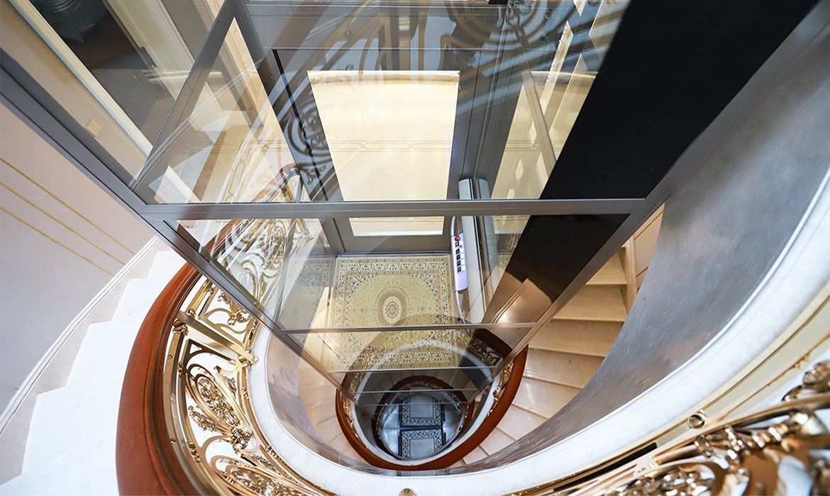 Lift in sprial staircase