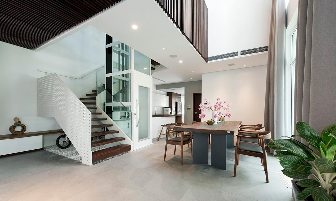 Residential lift in kitchen