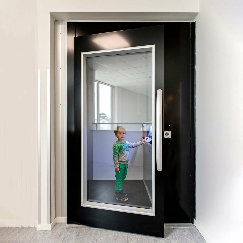 Platform lift in primary school