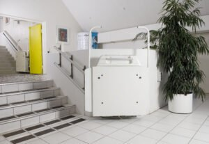 Space-efficient Stairlift