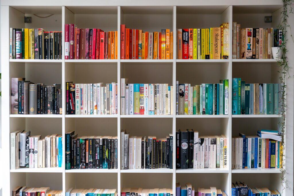 Bookshelf organised by colour