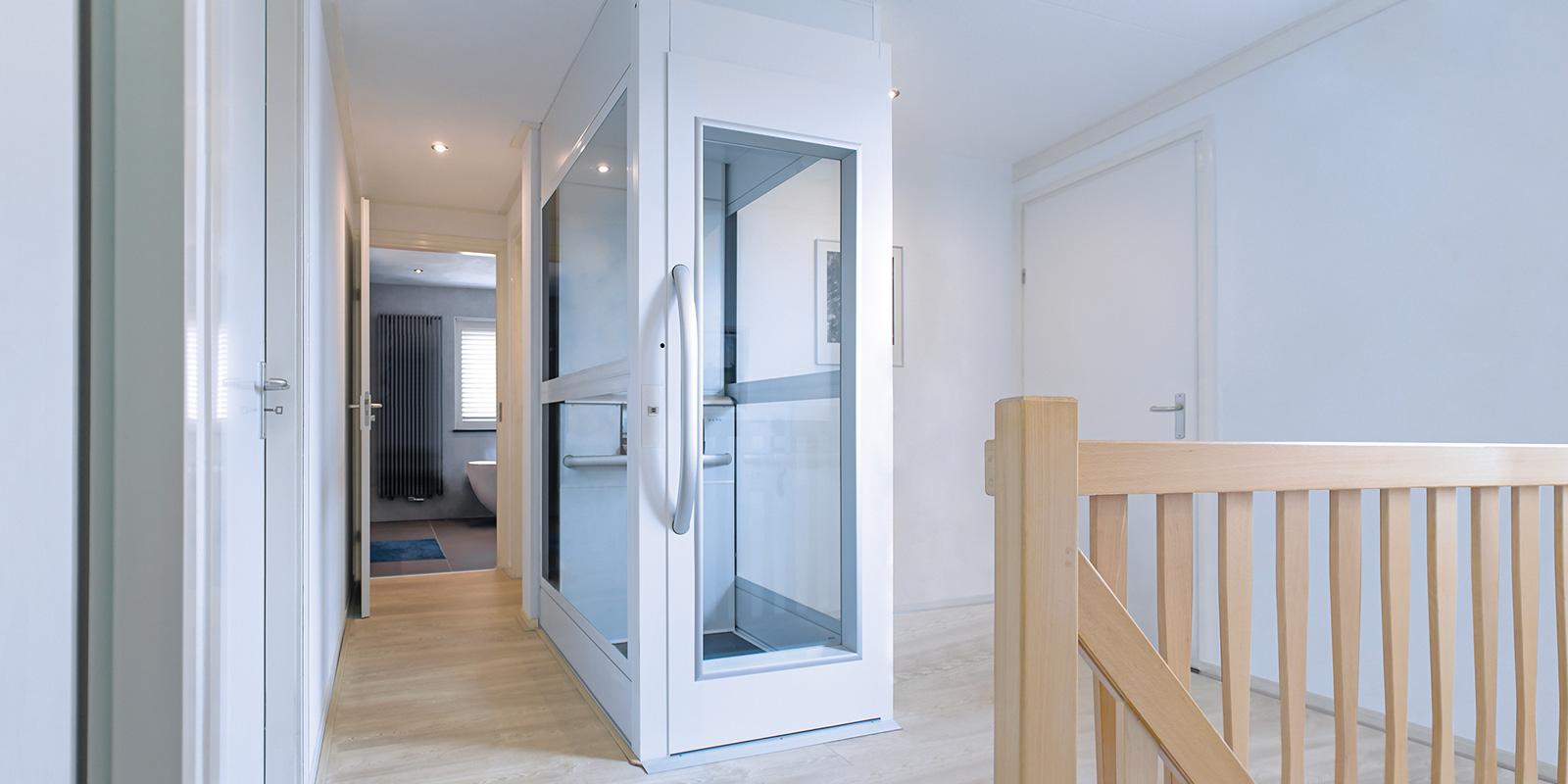 Compacte, kleine huislift