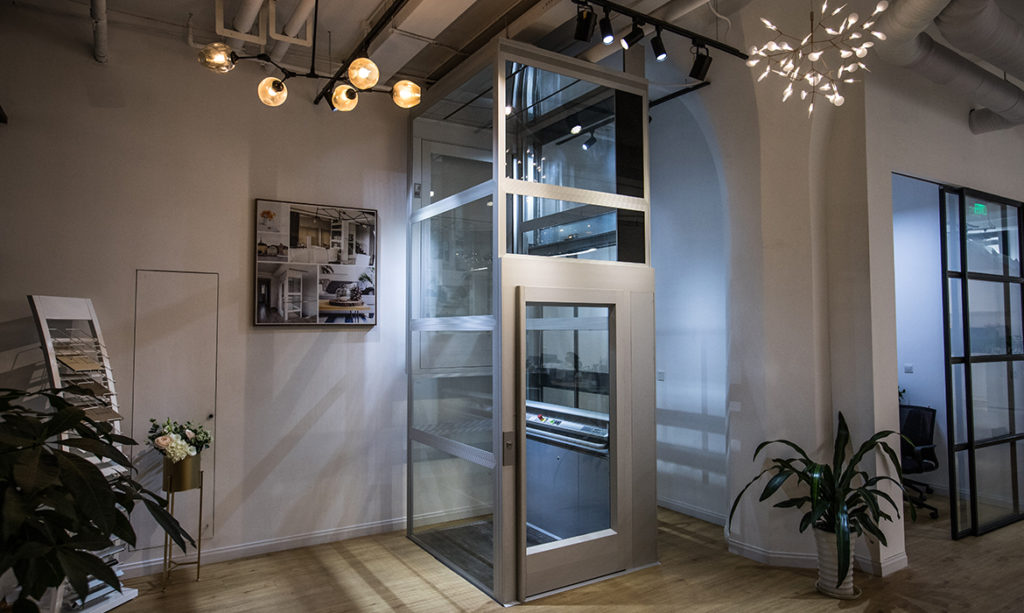 Kalea showroom lift