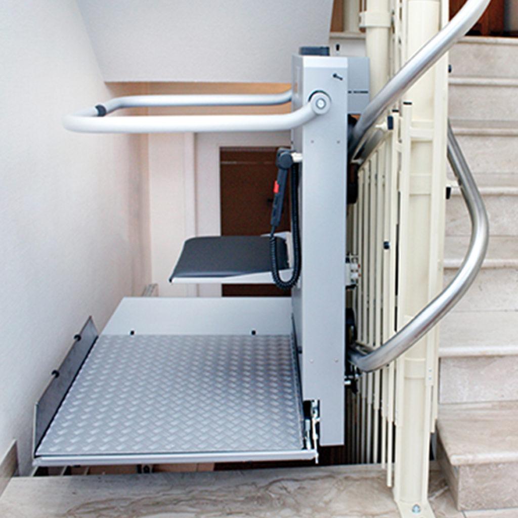 Kalea trapphissar för svängda trappor
