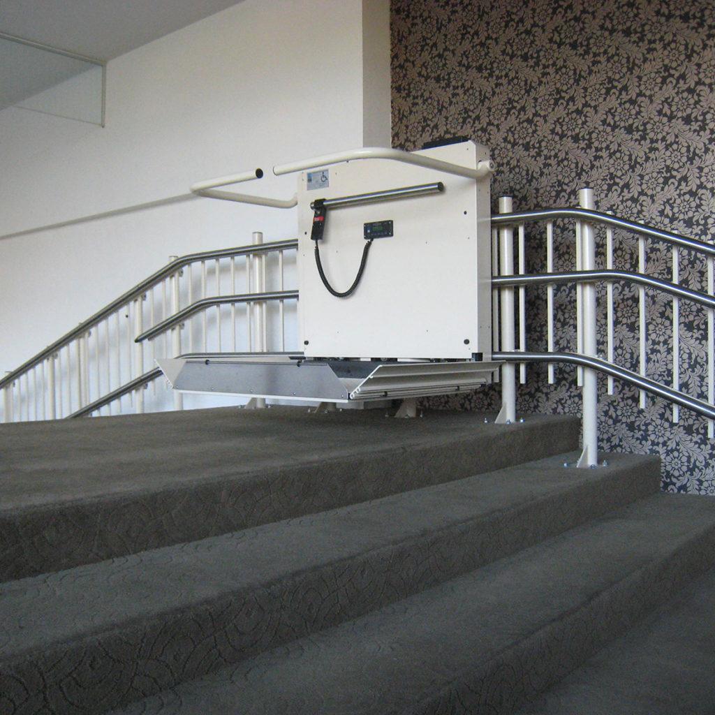Kalea trapphissar för trappor med vilplan