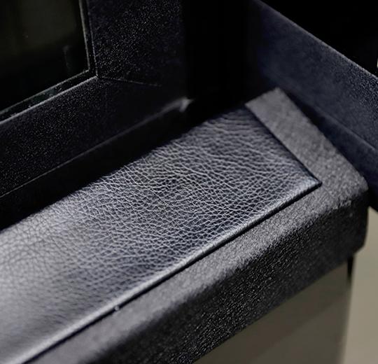 Top safety edge in PU leather Kalea Kosmos
